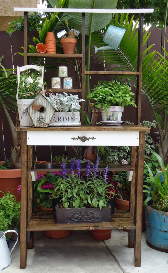 Potting Table - SOLD