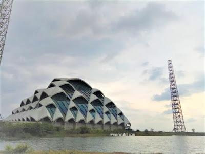 Proses pembangunan Masjid Al Jabbar Gedebage