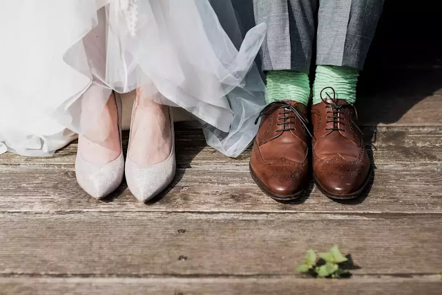 How to deal with money problems in marriage