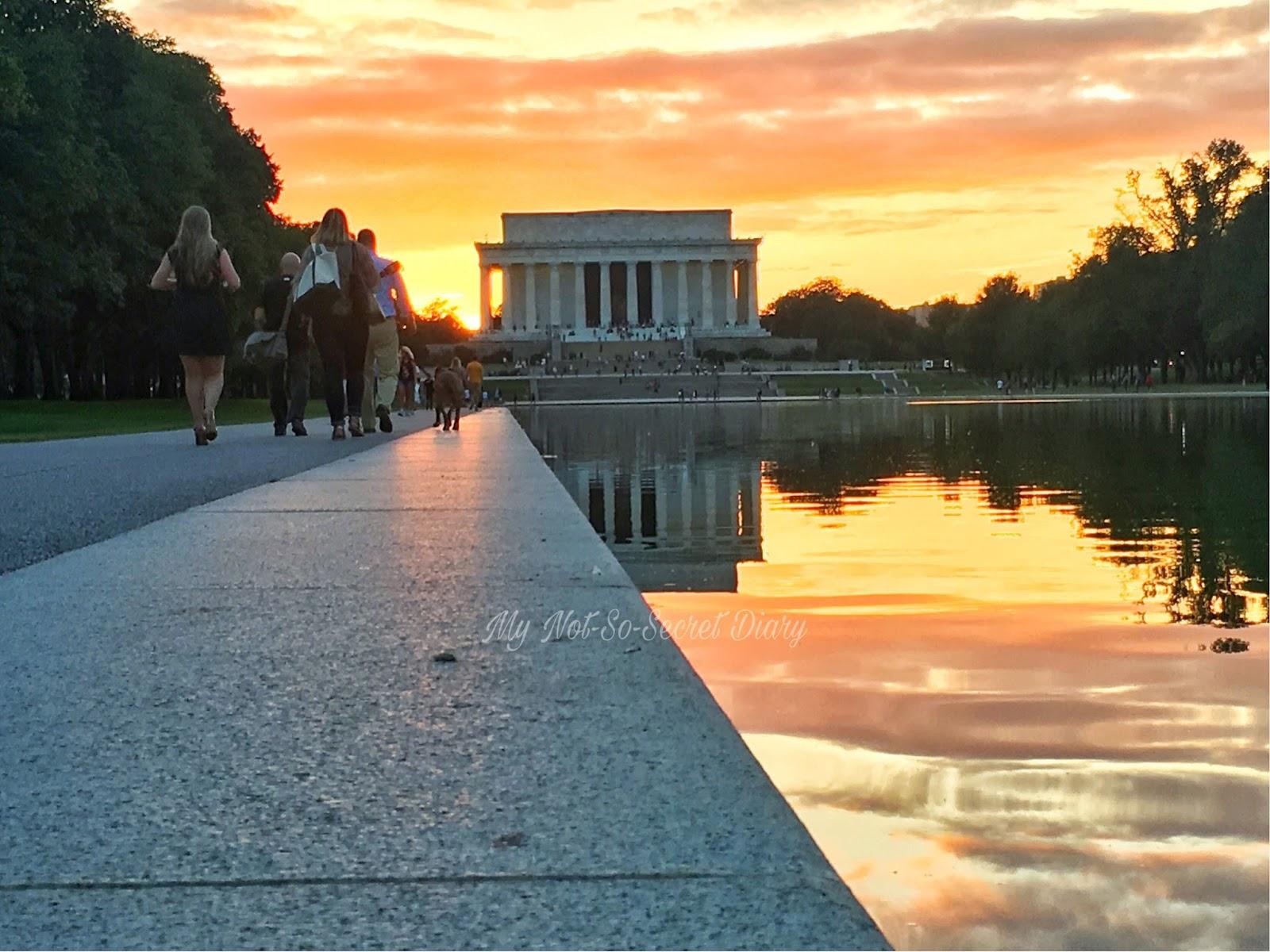 Washington DC travel blog Lincoln Memorial