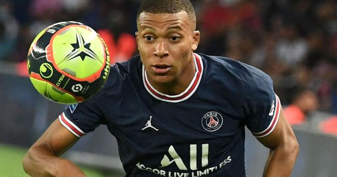 Real Madrid could delay Mbappe move until winter