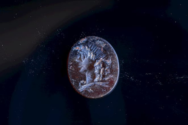 2,000-year old seal bearing portrait of Apollo found in Jerusalem