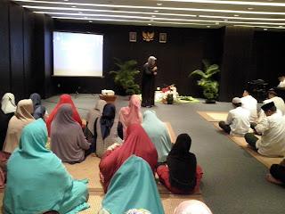 "Judul : Buka Puasa Bersama. "" Reseller Susu Haji Sehat dan Ketua Umum GEMAHATI "" 13 Juni 2017 Hotel RA Jakarta"