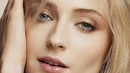 Sophie Turner Louis Vuitton 2019 | Mobile Wallpaper
