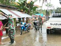 Dandim Kendari Terjun Langsung Tangani Banjir di Konawe Utara