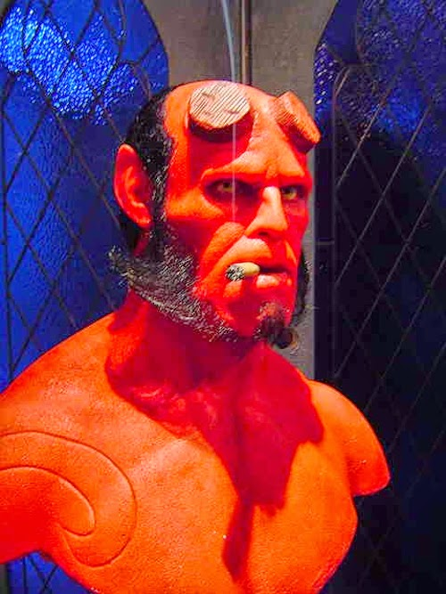 02-Hellboy-Bobby-Causey-Hyper-Realistic-Sculptures-www-designstack-co