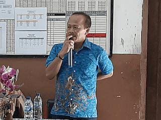 Komite Sekolah SDN Ratujaya 1 memberikan sambutan