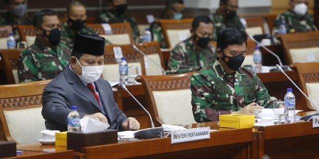DPR: Kenapa Menhan dan TNI Tertutup Soal Pembelian Alutsista?