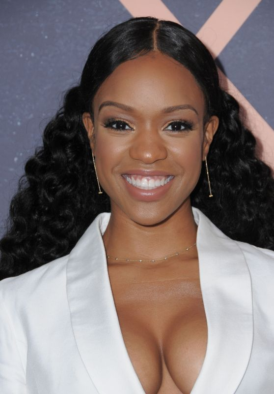 The 32-year old daughter of father (?) and mother(?) Michelle Mitchenor in 2021 photo. Michelle Mitchenor earned a  million dollar salary - leaving the net worth at  million in 2021