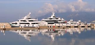 A Marina D'Arechi è l'estate dei grandi yacht
