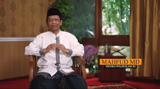 """Mahfud MD Minta Kiai Sampaikan Bahaya Covid ke Rakyat """"Suara Kiai Lebih Didengar"""""""