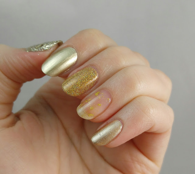 Gold nails for St Patrick's Day