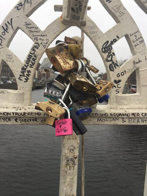 Dublin city break / Ha Penny Bridge / Liffey Bridge padlocks / love locks