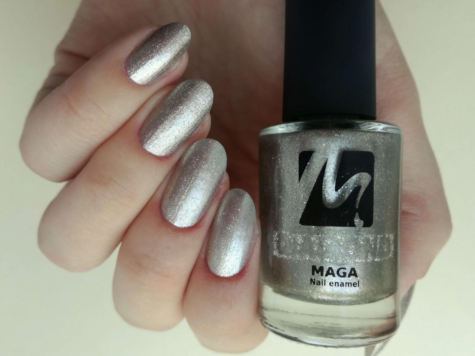 złote paznokcie Maga