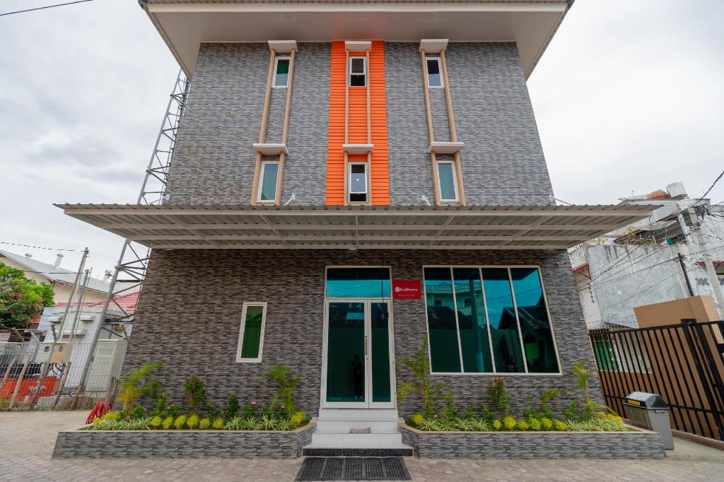 RedDoorz Syariah Di  Kota Banda Aceh