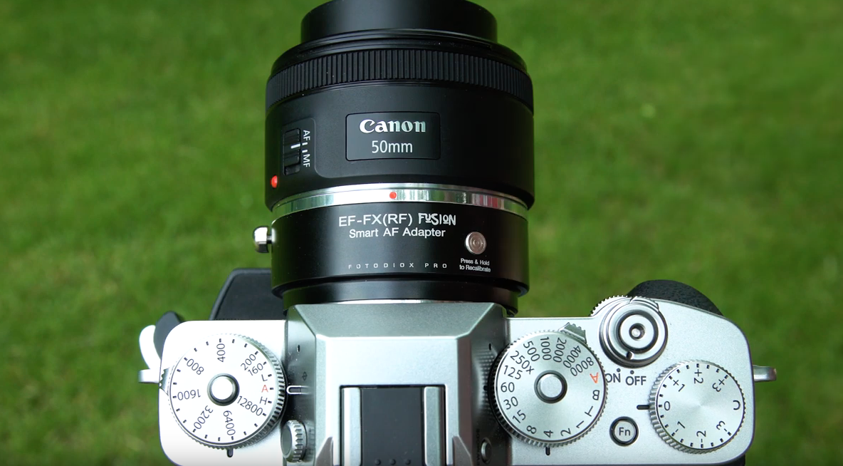 Адаптер Fotodiox Pro EF-FX(RF) Fusion Smart AF с камерой Fujifilm X-T3 и объективом Canon EF 50mm f/1.8 STM
