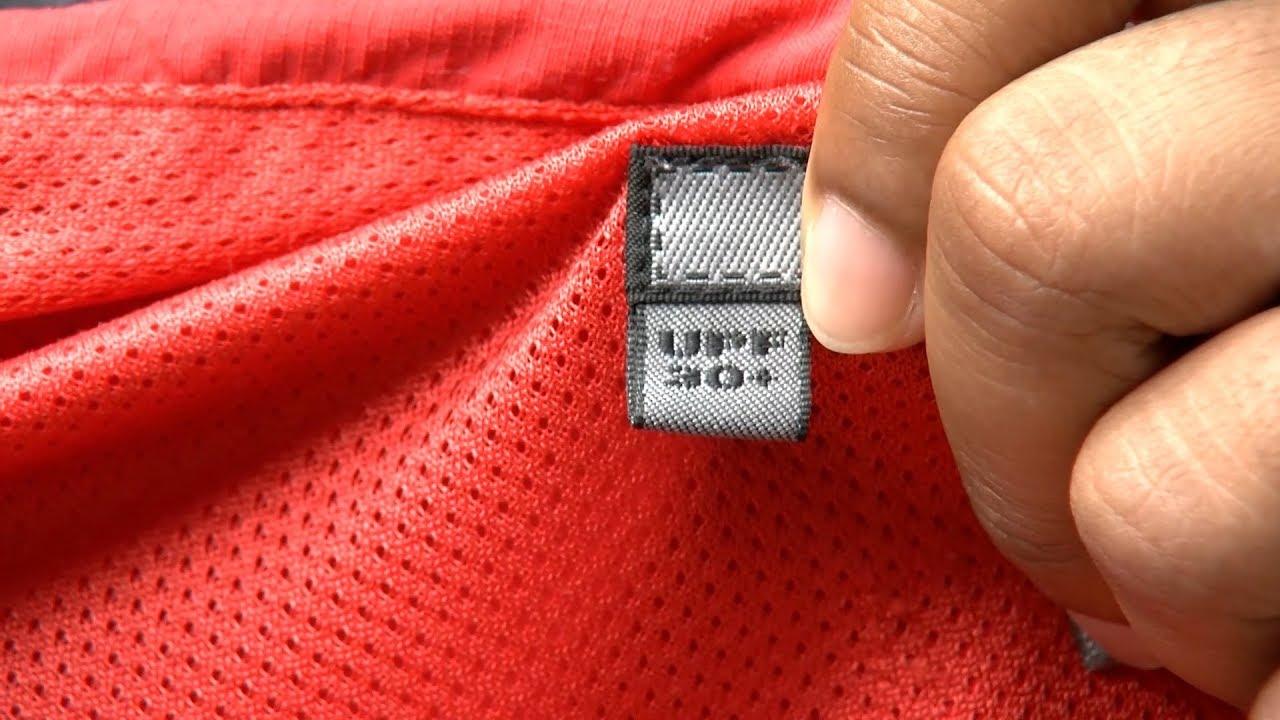 Chỉ số UPF thường được in trên nhãn mác của quần áo