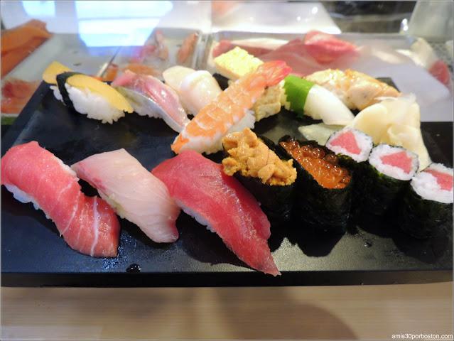 Sushi en el Tsukiji's Outer Market, Tokio