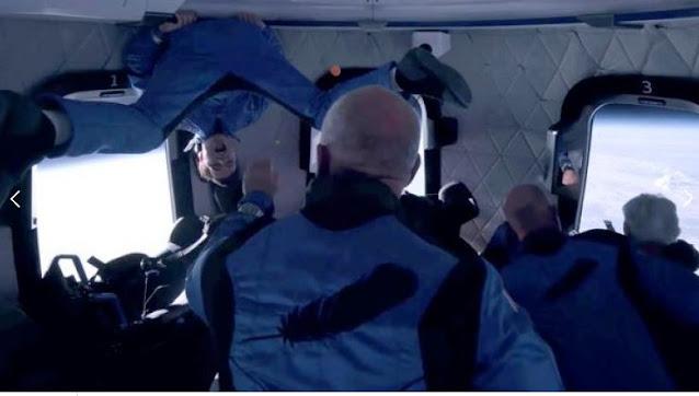 MUNDO: El hombre más rico del mundo, Jeff Bezos, alcanza el espacio.