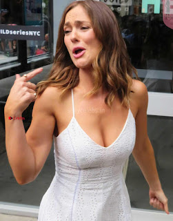 Minka-Kelly-at-AOL-Build-Studios-in-Manhattan-2+%7E+SexyCelebs.in+Exclusive+Celebrities+Picture+Galleries.jpg