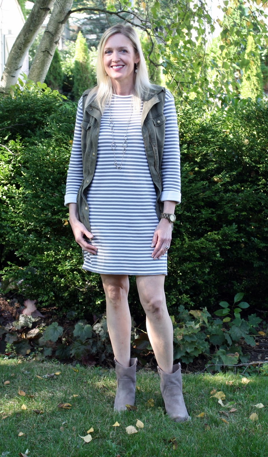 Three ways to style a striped dress for fall!