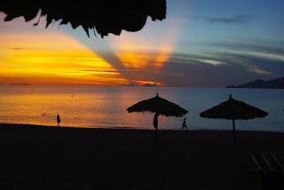 Playas de Vinpearl de noche