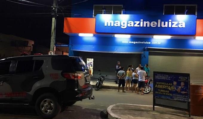 Bandidos fazem reféns e levam dinheiro da Magazine Luíza em Chapadinha