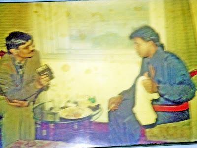 अभिनेता मिठुन चक्रवर्तीा  के साथ लेखक राजेश त्रिपाठी