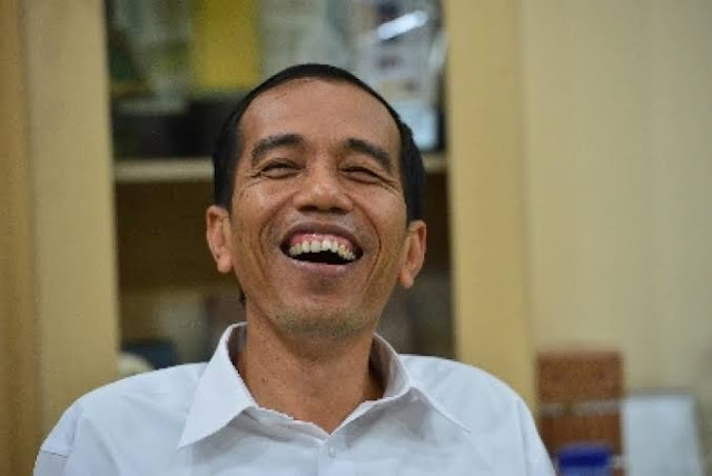 Tidak Terapkan Lockdown, Jokowi Dinilai Pro Rakyat