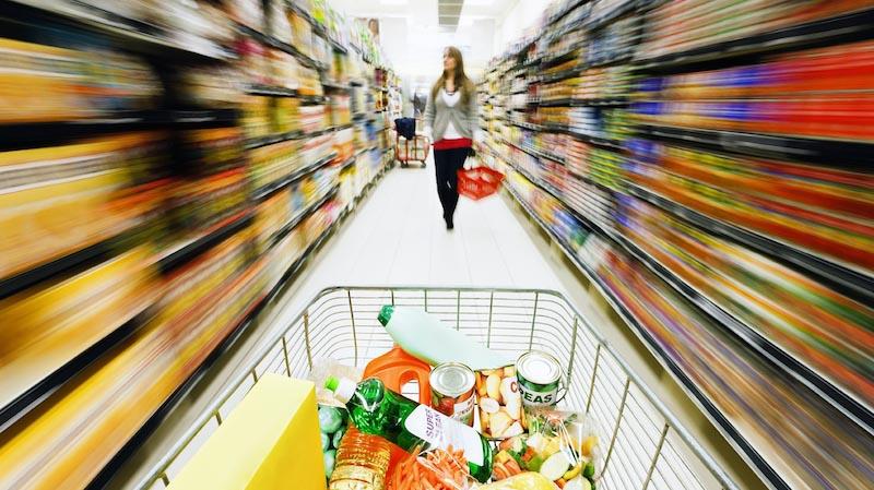 Как супермаркеты ловят покупателей на крючки