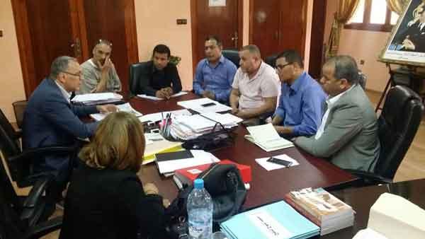 سيدي قاسم: المكتب الإقليمي للجامعة الوطنية لموظفي التعليم في لقاء مع المدير الإقليمي للقطاع