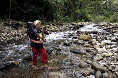 foto jalur pendakian gunung leuser aceh