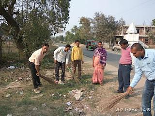 पी .जी के छात्रों ने चलाया स्वच्छता अभियान।