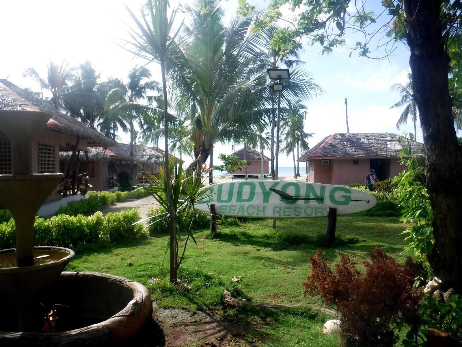 Lonely Travelogue: CEBU | Budyong Beach Resort, Bantayan Island