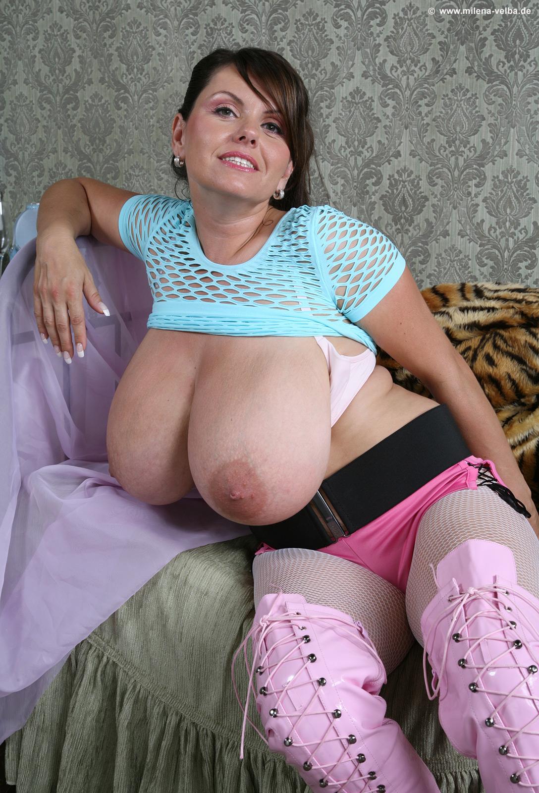 ххх фото большие сиси строгой мамочки фото людям