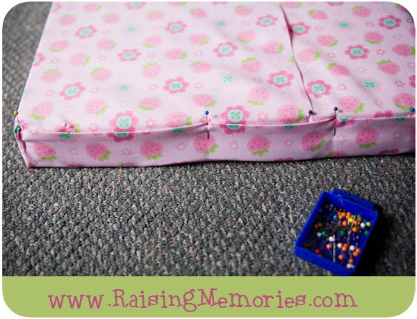 DIY Removable Window Seat Cushion Cover Pictorial