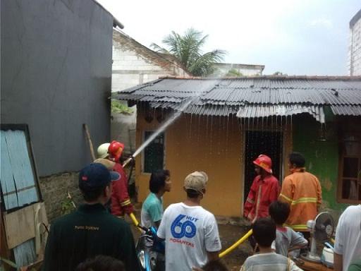 Lima Rumah Kontrakan di Jatijajar Ludes Terbakar