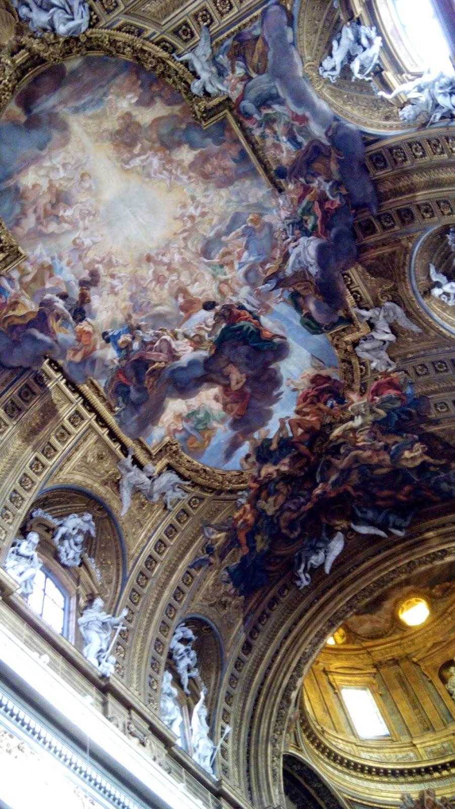 Escultura do teto da Igreja de Jesus
