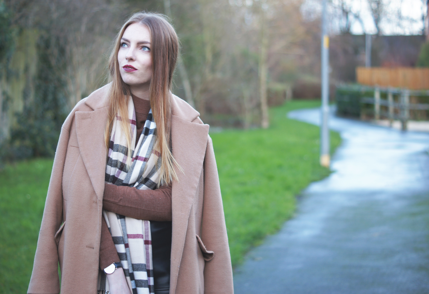 check scarf camel coat