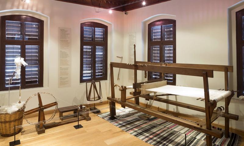 Σουβέρ από μετάξι: Δημιουργικό εργαστήρι για ενήλικες στο Μουσείο Μετάξης Σουφλίου