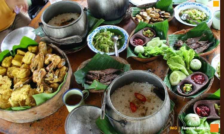 Resto saung wargi lembang