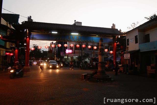 Gapura Pecinan Semarang