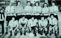 SELECCIÓN DE ARGENTINA - Temporada 1973-74 - Wolf, Santoro, Sa, Paolino, Glaría y Telch; Balbuena, Chazarreta, Cano, Potente y Santamaría