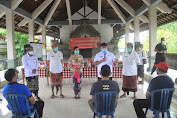 Maraton Bagi Sembako, Bupati Tamba Ajak Pasien Sembuh Covid-19 Ikut Sebarkan Testimoni