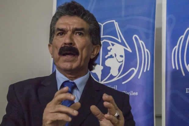 Rafael Narváez: Nuestros diplomáticos en el exterior le cierran la puerta a los venezolanos