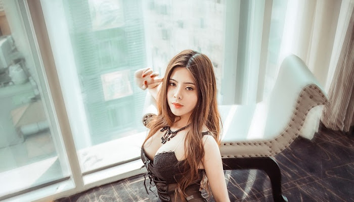 Sexy enchanting bikinis of Vietnamese hotgirls - For18xxx
