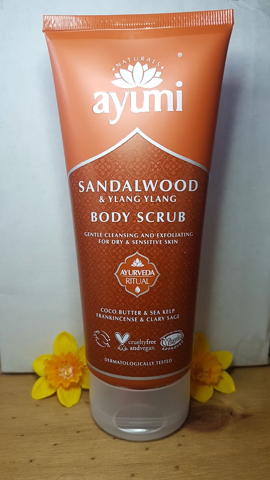 Ayumi Sandalwood & Ylang Ylang Body Scrub Review - Love Lula Beauty Box