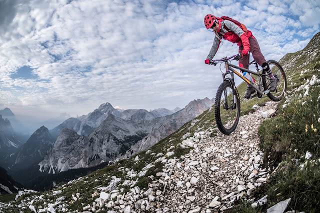 Bikebergsteigen MTB Tour Dolomiten Sas dla Para