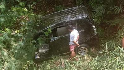 Kecelakaan Mobil di Bone, Satu Keluarga Dilarikan ke Rumah Sakit