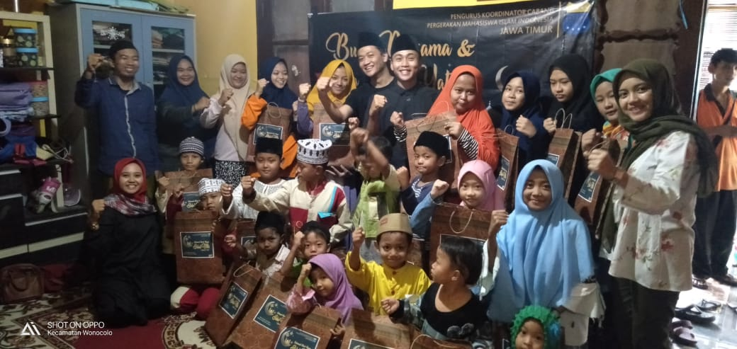Akhiri Agenda Ramadan, PKC PMII Jatim Buka Puasa Bersama Anak Yatim